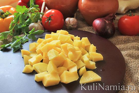 картофель в горшочках с курицей