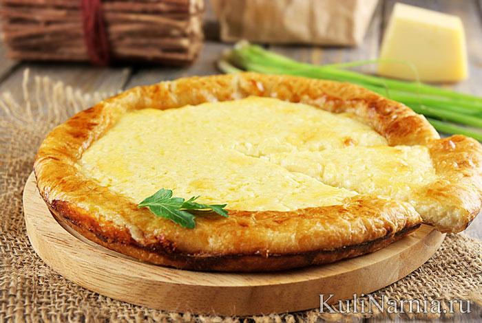 Сырный пирог из слоеного теста