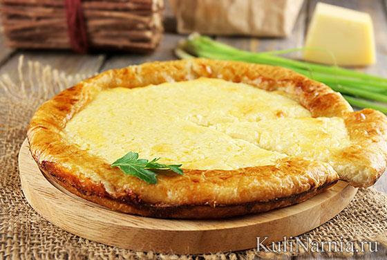 Сырный пирог на слоеном тесте