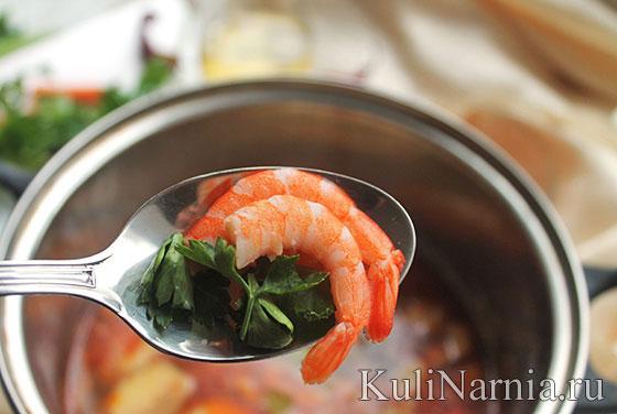 тайский острый суп с креветками