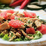 Салат тайский с курицей и грейпфрутом
