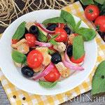 Легкий салат с куриной грудкой