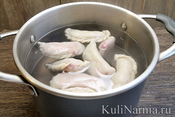 Как варить вареники с вишней