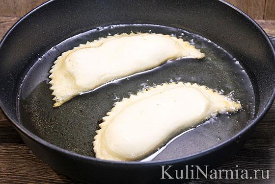 Как жарить чебуреки на сковороде