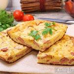 Сырный пирог на кефире с сосисками