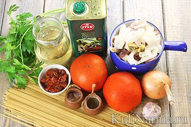 Спагетти с морепродуктами в томатном соусе рецепт