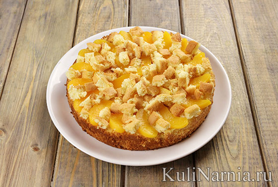 Бисквитный пирог с персиками рецепт