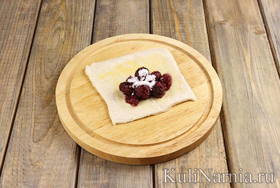 Рецепт слоек с замороженной вишней