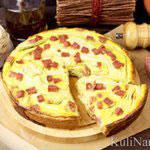 Пирог с кабачками и колбасой