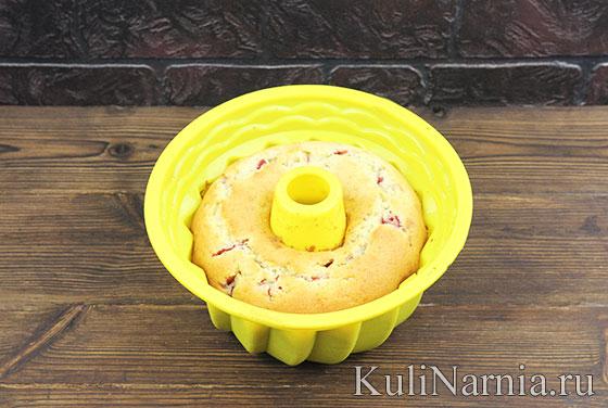 Как готовить кекс с клубникой