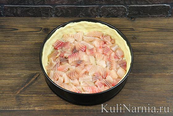 Как приготовить пирог с рыбой и рисом