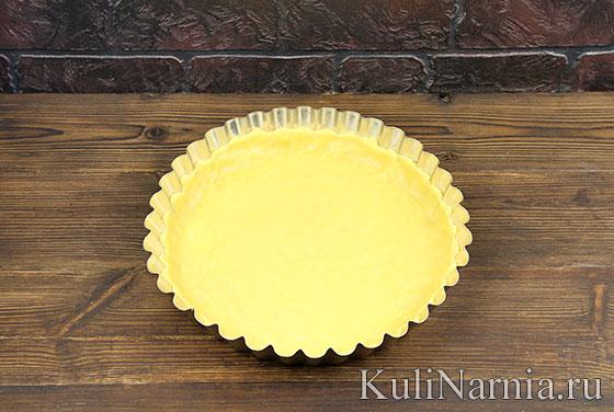 Пирог с клубникой и творогом в духовке