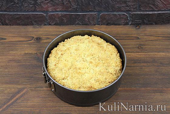 Пирог с яблоками на кефире в духовке