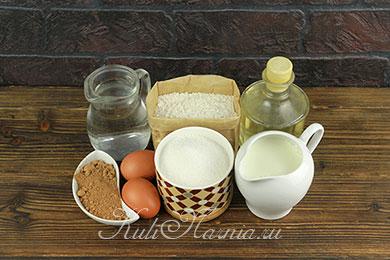 Ингредиенты для шоколадных блинов на молоке