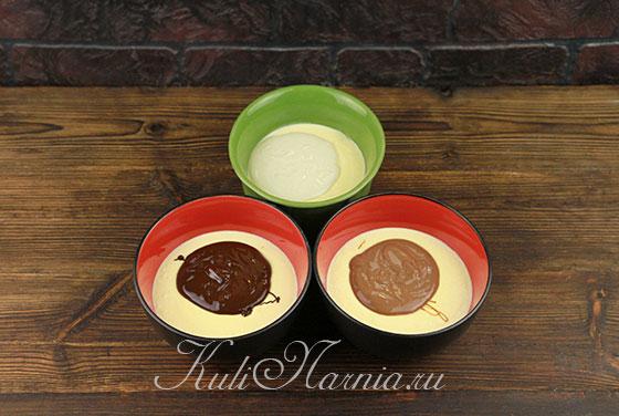 Добавляем шоколад к творожной массе