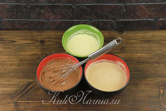 Перемешиваем шоколад и творожную смесь