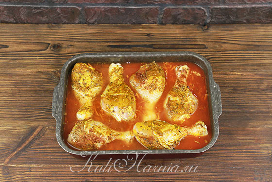 Ставим курицу и гречку в духовку