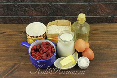 Ингредиенты для пирога с кефиром с ягодами