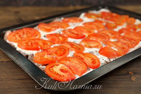 Выкладываем помидоры на индейку