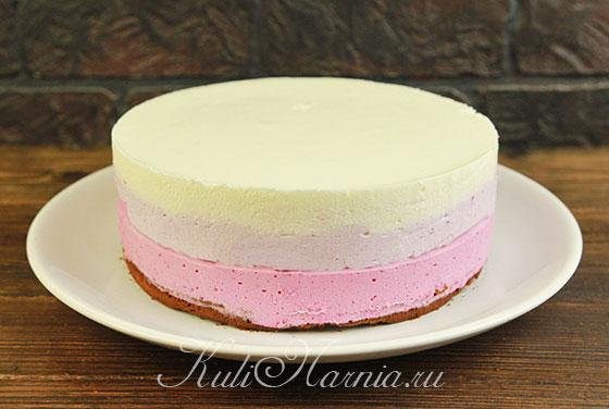 Снимаем кольцо с торта