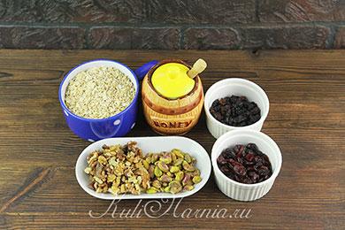 Ингредиенты для овсяных батончиков Гранола