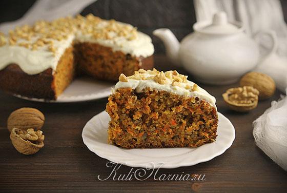 Морковный пирог готов