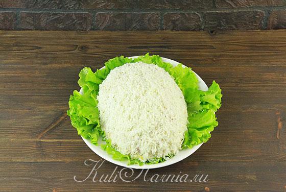 Придаем салату форму Крысы