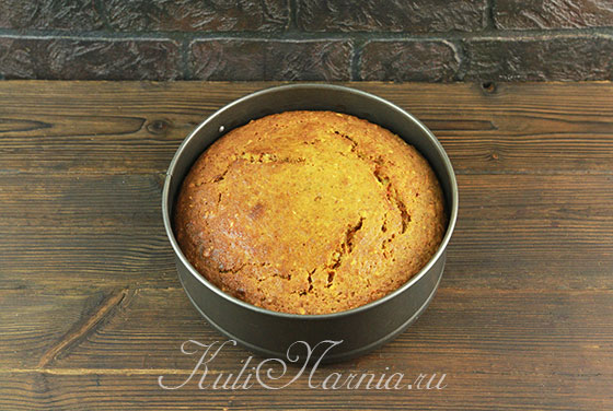 Отправляем форму с пирогом в духовку