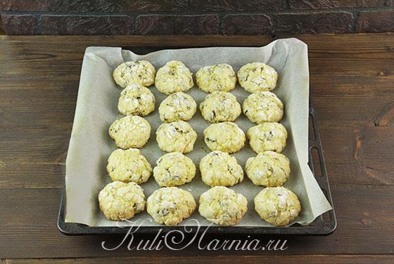 Отправляем печенье в духовку