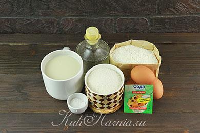 Ингредиенты для заварных блинов на молоке и кипятке
