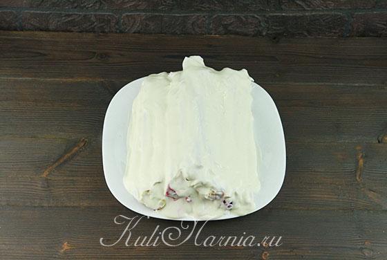 Смазываем блинный торт творожным кремом