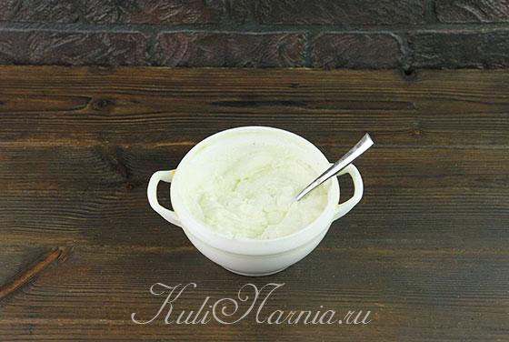 Соединяем творожный сыр с мягким творогом