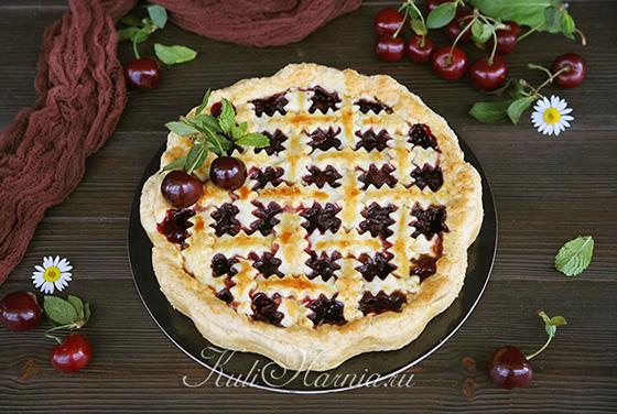 Остужаем вишневый пирог