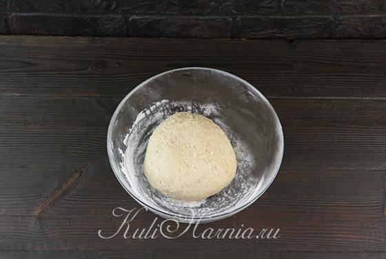 Замешиваем пряничное тесто