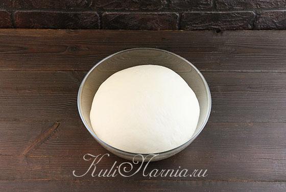 Ставим дрожжевое тесто в тепло