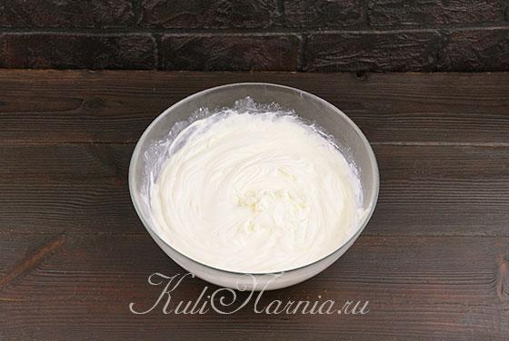 Соединяем сыр и сливки