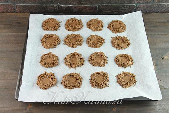 Придаем форму печенью