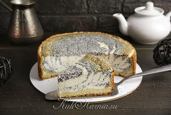 Творожно-маковый пирог готов
