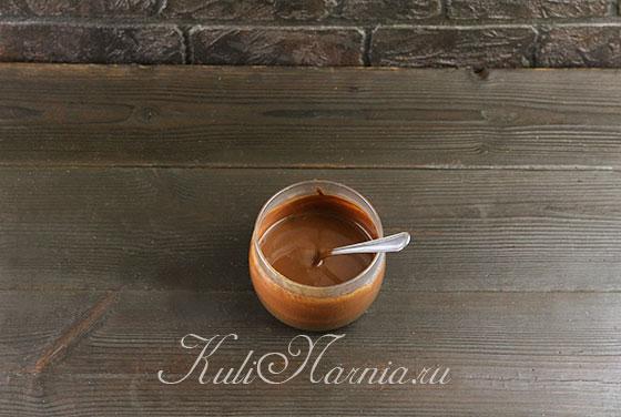 Растворяем кофе в воде
