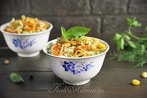Салат с корейской морковью и курицей рецепт